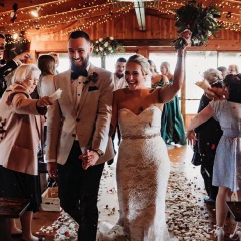 Kangaroobie Weddings - Just Married!